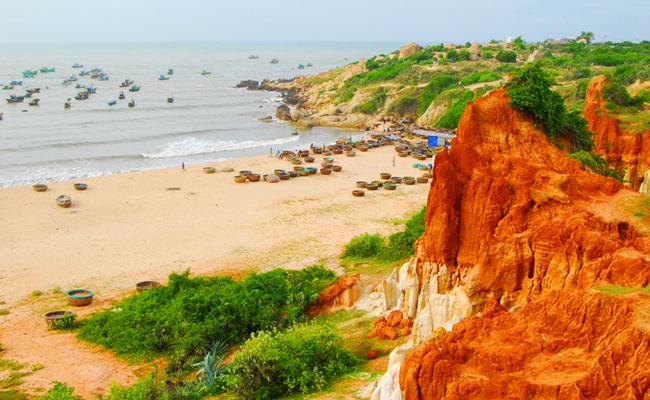 Bãi biển Mũi Né - gành son