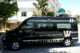 Private Limousine Mui Ne To Saigon 9 Seater