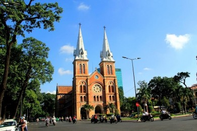 Ho Chi Minh City & Cu Chi Tunnel Day Tour